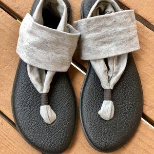 Sanuk Yoga Mat Sandals Size 10